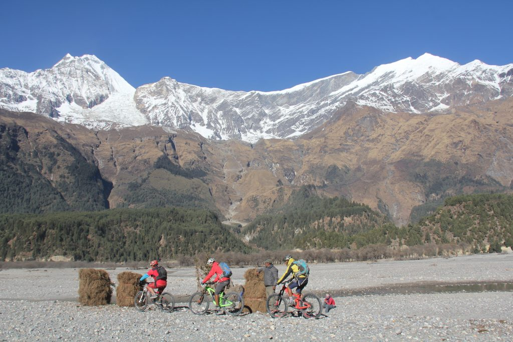Mt. Bike-Manang1