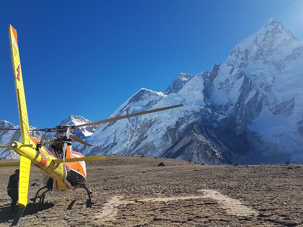 Heli Tour -Everest1